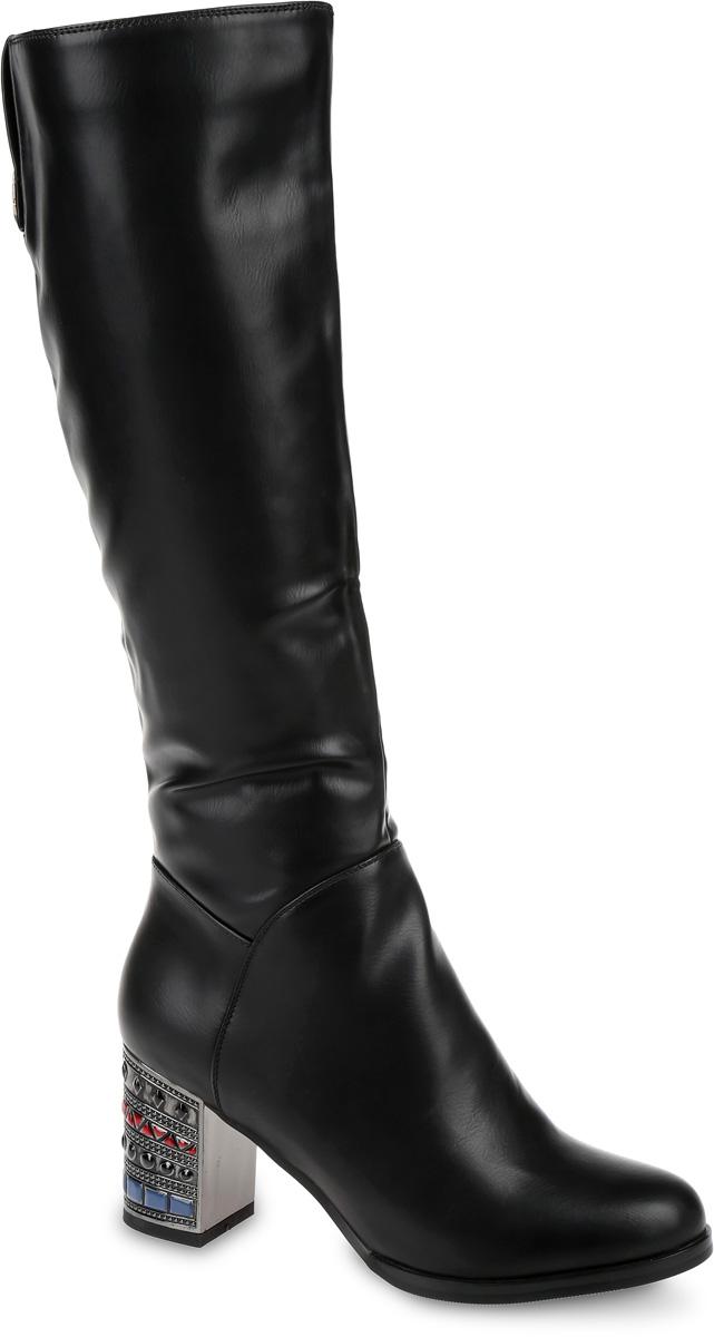 SP-EA0403-2Сапоги выполнены из искусственной кожи. Подкладка и стелька, изготовленные из мягкой байки, защитят ноги от холода и обеспечат комфорт. Сапоги застегиваются на застежку-молнию, расположенную на одной из боковых сторон. Подошва выполнена из термопластичного материала. Модель оснащена устойчивым каблуком.