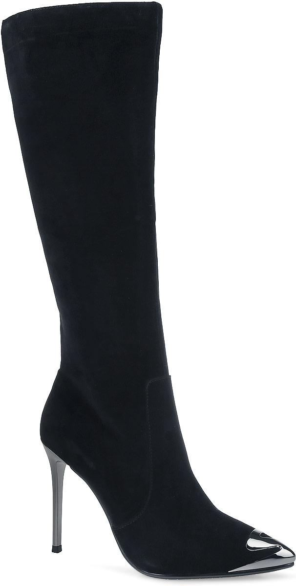91-125-51-5Роскошные женские сапоги от Paolo Conte выполнены из натурального велюра. Подкладка и стелька выполнены из байки. Застегивается модель на боковую застежку-молнию. Высокий каблук-шпилька, стилизованный под металл, невероятно устойчив. Заостренный носок оформлен декоративной накладкой, стилизованной под металл. Подошва и каблук дополнены рифлением.