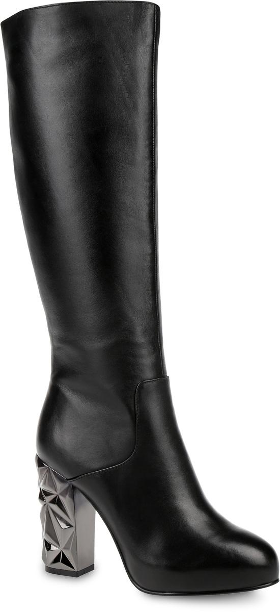 91-109-30-5Стильные женские сапоги от Paolo Conte выполнены из натуральной кожи. Подкладка и стелька выполнены из байки. Застегивается модель на боковую застежку-молнию. Эластичные вставки на голенище обеспечивают идеальную посадку модели на ноге. Высокий каблук, стилизованный под металл, компенсирован небольшой скрытой платформой. Подошва и каблук дополнены рифлением.