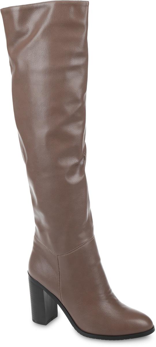 СапогиSP-BA0202-2Модные женские сапоги от LK Collection выполнены из искусственной кожи. Подкладка и стелька выполнены из байки. Застегивается модель на боковую застежку-молнию. Эластичная вставка на голенище обеспечивает идеальную посадку модели на ноге. Высокий каблук невероятно устойчив. Подошва и каблук дополнены рифлением.