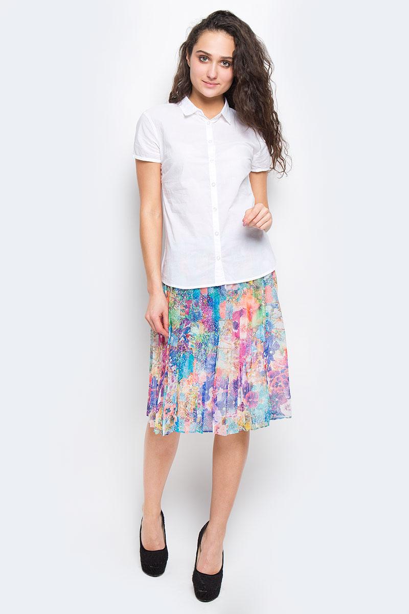 БлузкаBs-112/717-6236Стильная женская блузка Sela Casual, выполненная из натурального хлопка, подчеркнет ваш уникальный стиль и поможет создать оригинальный женственный образ. Модель приталенного кроя с короткими рукавами и отложным воротником застегивается по всей длине на пуговицы. Низ изделия слегка закруглен к боковым швам. Легкая блуза идеально подойдет для жарких летних дней. Она будет дарить вам комфорт в течение всего дня и послужит замечательным дополнением к вашему гардеробу.