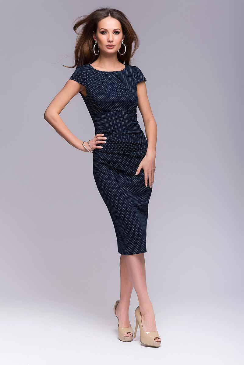 DM00204_мелкий горохПлатье-футляр 1001 Dress в мелкий горошек. Платье выполнено из хлопка. Идеальный выбор для работы в офисе – элегантно, сдержанно и женственно, одновременно.
