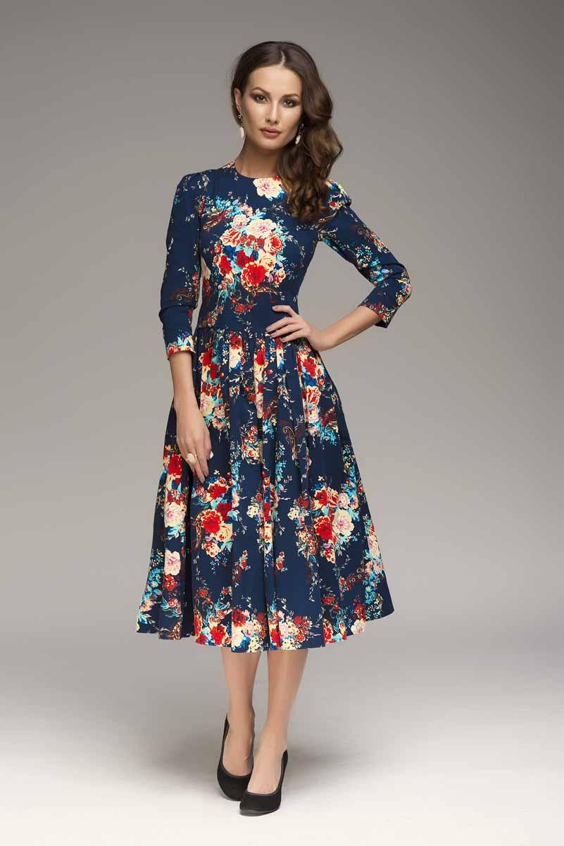 ПлатьеDM00219Классический приталенный силуэт. Рукав длины 3/4. Актуальные детали: крупный цветочный принт и юбка-миди, которая создаст образ в стиле ретро. Платье 1001 Dress с крупными цветами прекрасно подойдет для романтических свиданий.