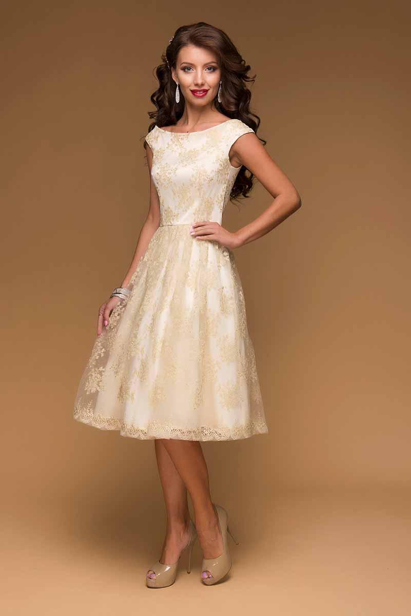 ПлатьеDM00420Шикарное платье 1001 Dress с вышивкой. Модель длины миди. Без рукавов. Элегантная линия верха подчеркнет хрупкость женской фигуры, а пышная юбка создаст кукольный образ. Идеальное платье для выпускного. Ограниченная серия.