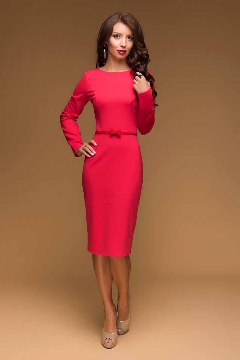 ПлатьеDM00433Платье-футляр 1001 Dress выполнено из комфортного трикотажа джерси. Модель длины миди. Предназначено для повседневной носки, но в сочетании с нарядными аксессуарами станет прекрасным вариантом для романтического ужина или похода в театр.