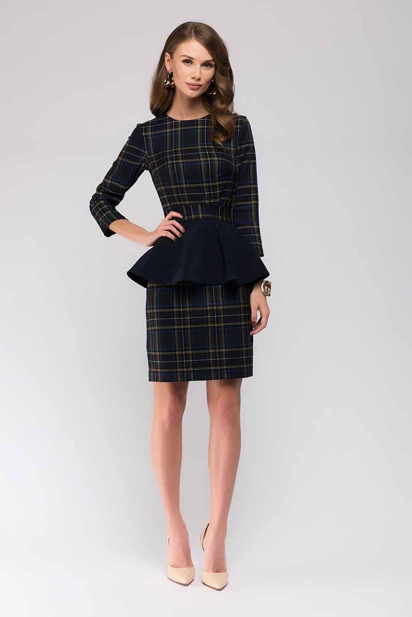 ПлатьеDM00507Стильное платье 1001 Dress с модным принтом шотландская клетка. Идеально подойдет для офиса. Главная особенность платья - двухсторонняя съемная баска. Теперь вы не только можете выбирать цвет баски, но еще и носить платье как с ней, так и без нее. Одно платье, много образов.