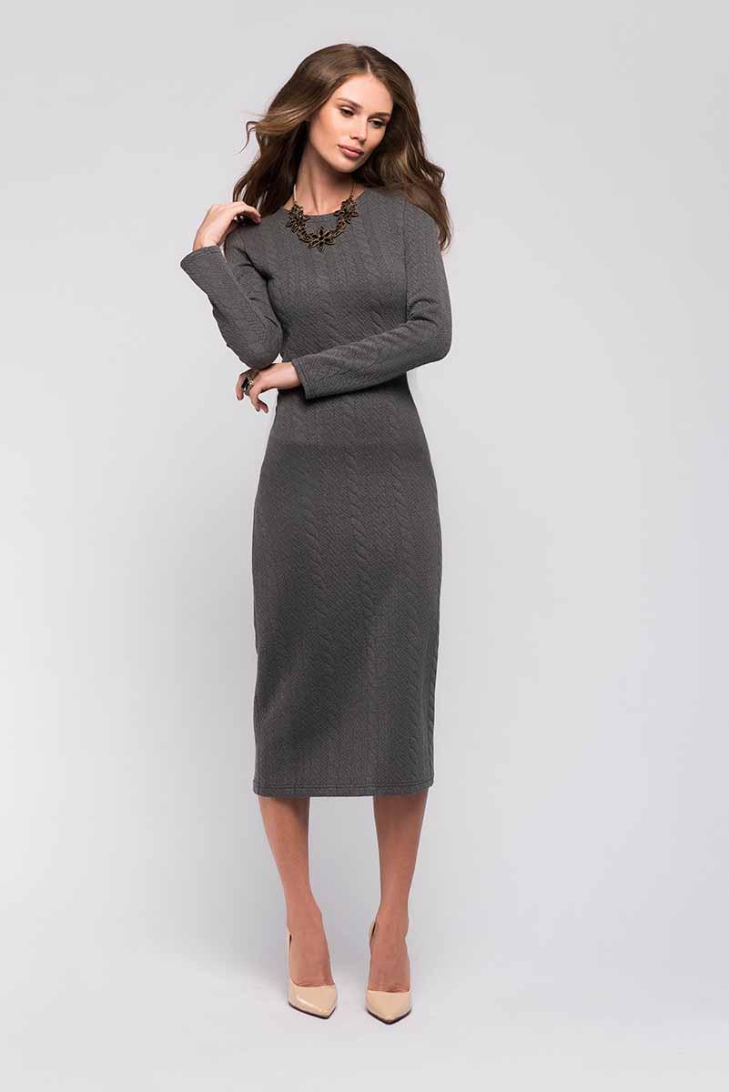 ПлатьеDM00696Платье 1001 Dress с длинным рукавом из новой коллекции. Выполнено из плотного объемного трикотажа. Подчеркивает достоинства фигуры. Хорошо дополнит ваш повседневный офисный гардероб.