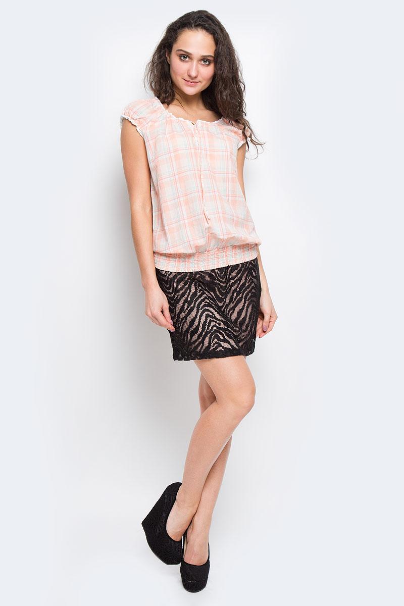 Блузка10151270 320-rose aqua checkСимпатичная легкая блуза Broadway, выполненная из высококачественного хлопка, обеспечит вам комфорт при носке. Модель свободного кроя сверху застегивается на три пуговицы и завязывается на завязки. Горловина, рукава и низ изделия оформлены резинками. Блузка декорирована нежным вязаным кружевом. Эта замечательная блузка - идеальный вариант для создания эффектного образа.