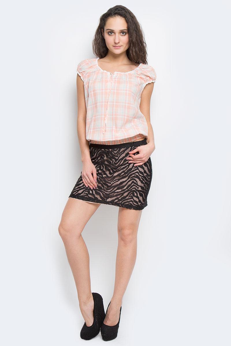Юбка100179Очаровательная мини юбка, выполненная из полиэстера, будет отлично смотреться на вас. Модель с поясом на эластичной резинке. Юбка оформлена декоративной перфорацией и имеет подкладку. Эта юбка идеальный вариант для вашего гардероба.