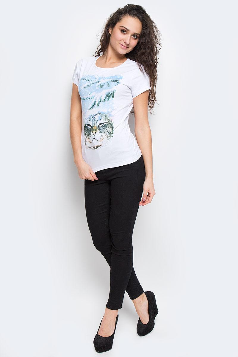 02199_ВаськаЖенская футболка Todomoda Васька, изготовленная из эластичного хлопка, тактильно приятная и не сковывает движений. Модель с круглым вырезом горловины и короткими рукавами оформлена спереди крупным принтом. Прекрасный подарок для себя и для подруги.