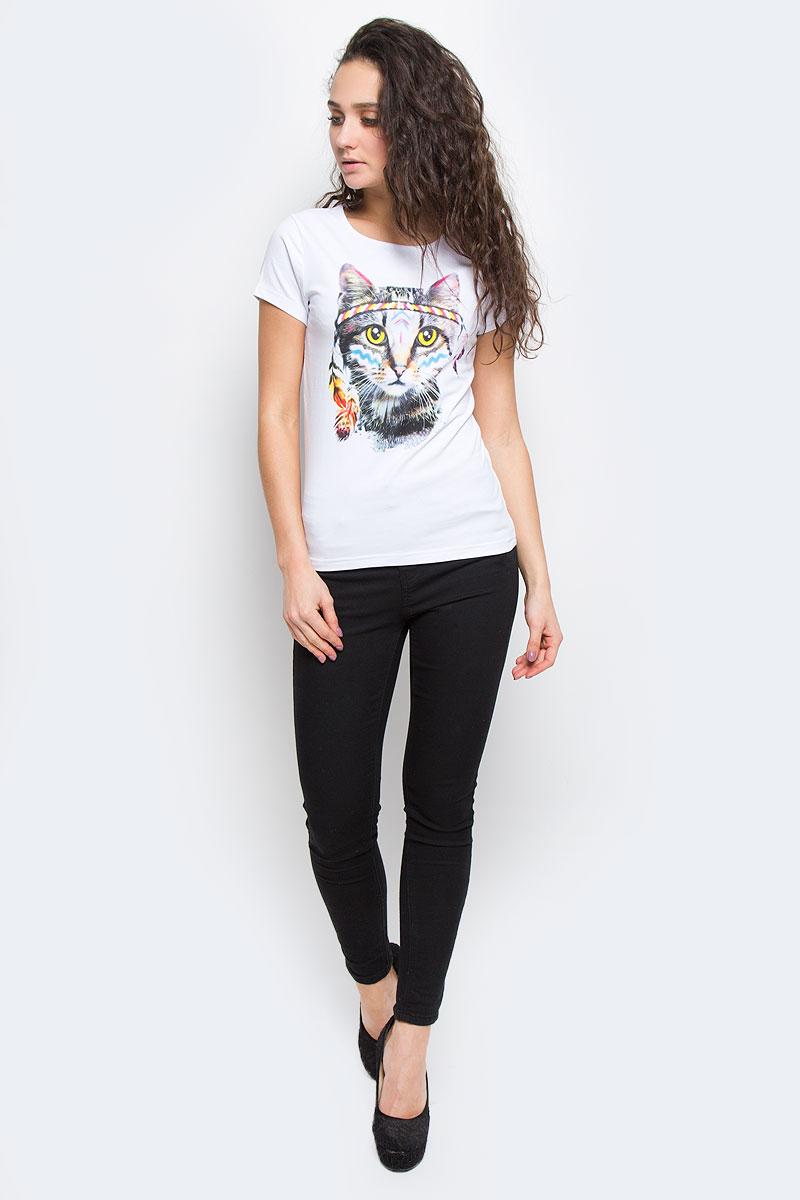 Футболка02189_ИндеецЖенская футболка Todomoda Индеец, изготовленная из эластичного хлопка, тактильно приятная и не сковывает движений. Модель с круглым вырезом горловины и короткими рукавами оформлена спереди изображением кота. Прекрасный подарок для себя и для подруги.