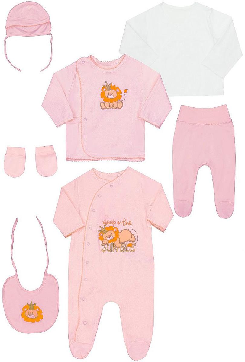 Комплект одеждыКП905-5Комплект для новорожденного БЕМБІ состоит из боди, кофточки, распашонки, ползунков, шапочки, нагрудника и рукавичек. Боди с запахом, застегивается спереди на кнопки, также имеются кнопки на ластовице, что позволит с комфортом переодеть малышу подгузник. Ползунки с закрытыми ножками дополнены широким поясом, благодаря которому они не сдавливают животик малыша и не сползают. Кофточка с длинными рукавами и круглым вырезом горловины застегивается по всей длине на кнопки. Распашонка с длинными рукавами не имеет застежек и оформлена в лаконичном дизайне. Шапочка по краю дополнена эластичной резинкой. Рукавички выполнены с манжетами на резинках. В таком комплекте ваш ребенок будет чувствовать себя комфортно, уютно и всегда будет в центре внимания!