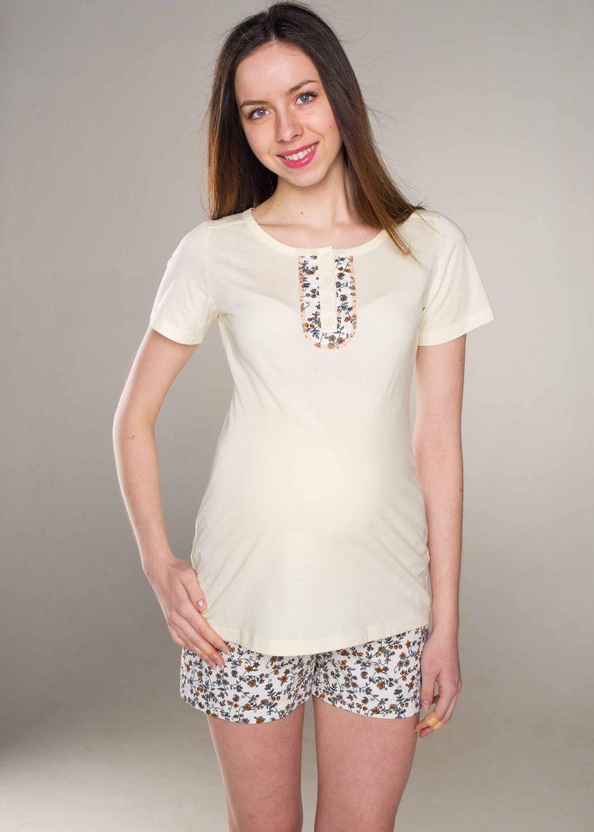 П 15620Пижама женская из эластичного трикотажного полотна состоит из футболки и шорт. Футболка с круглой горловиной и коротким рукавом. Застежка на пуговицы и планку. На полочке и спинке настрочены декоративные элементы. Шорты на поясе с эластичной тесьмой.