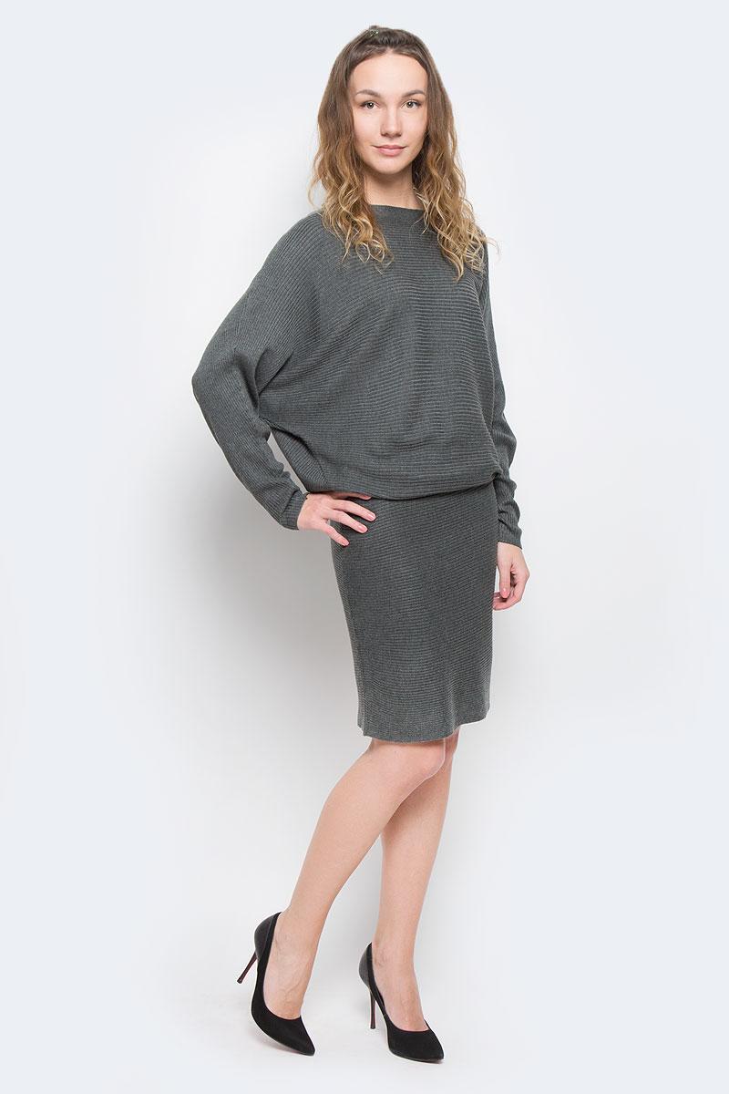 Платье5019510.00.75_2503Платье Tom Tailor Contemporary выполнено из вискозы, полиамида и полиэстера. Модель с круглым вырезом горловины и длинными цельнокроеными рукавами.