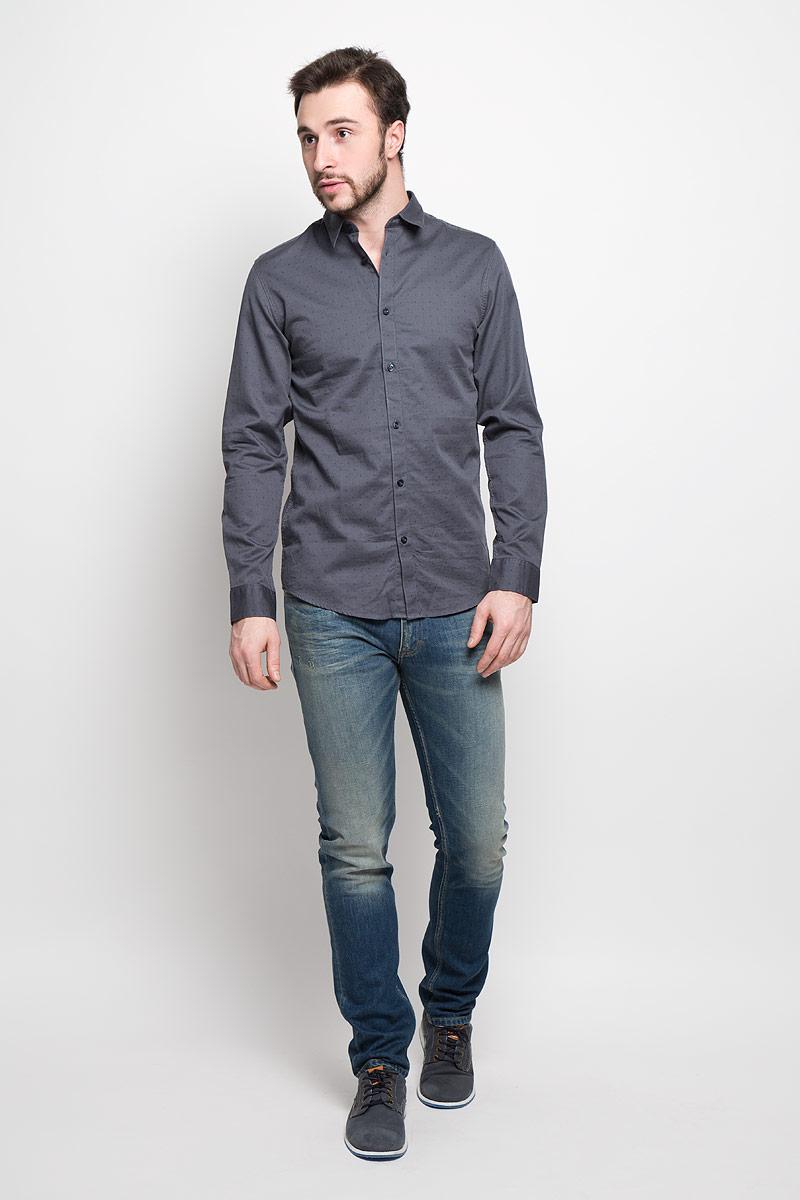 Рубашка16053266_Bright WhiteМужская рубашка Selected Homme выполнена из натурального хлопка. Рубашка slim fit с длинными рукавами и отложным воротником застегивается на пуговицы. Манжеты рукавов также застегиваются на пуговицы. Рубашка оформлена мелким контрастным принтом.