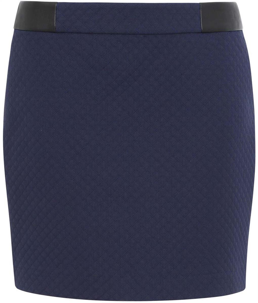 Юбка11601179-6/45270/7900NКороткая юбка прямого силуэта выполнена из высококачественного материала. На поясе юбка дополнена декоративными вставками из искусственной кожи. Сзади модель застегивается на металлическую застежку-молнию.
