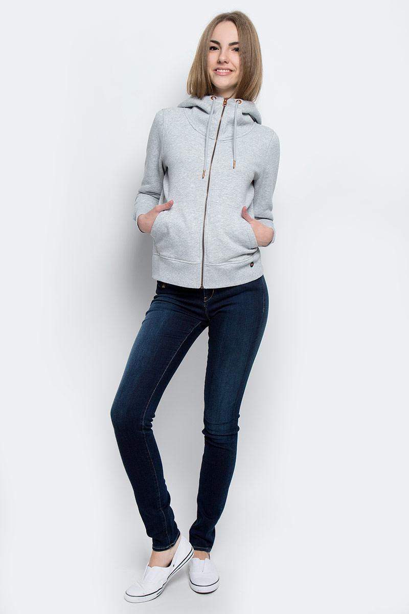 J20J201273_0380Стильная женская толстовка Calvin Klein Jeans выполнена из хлопка и полиэстера с добавлением эластана. Модель с капюшоном, дополненным шнурком, и длинными рукавами застегивается спереди на металлическую застежку-молнию. Низ изделия и манжеты рукавов дополнены трикотажными резинками. Спереди расположены два накладных кармана.