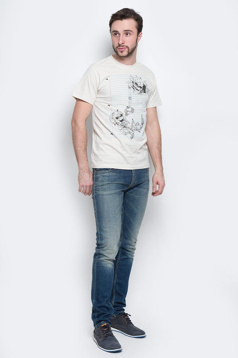 20141_Давай поиграемМужская футболка Todomoda Давай поиграем выполнена из натурального хлопка. Модель с круглым вырезом горловины и короткими рукавами. Спереди изделие оформлено оригинальным рисунком, а на спинке принтовой надписью Lets Play. Такая футболка станет прекрасным подарком для вас и вашего друга.