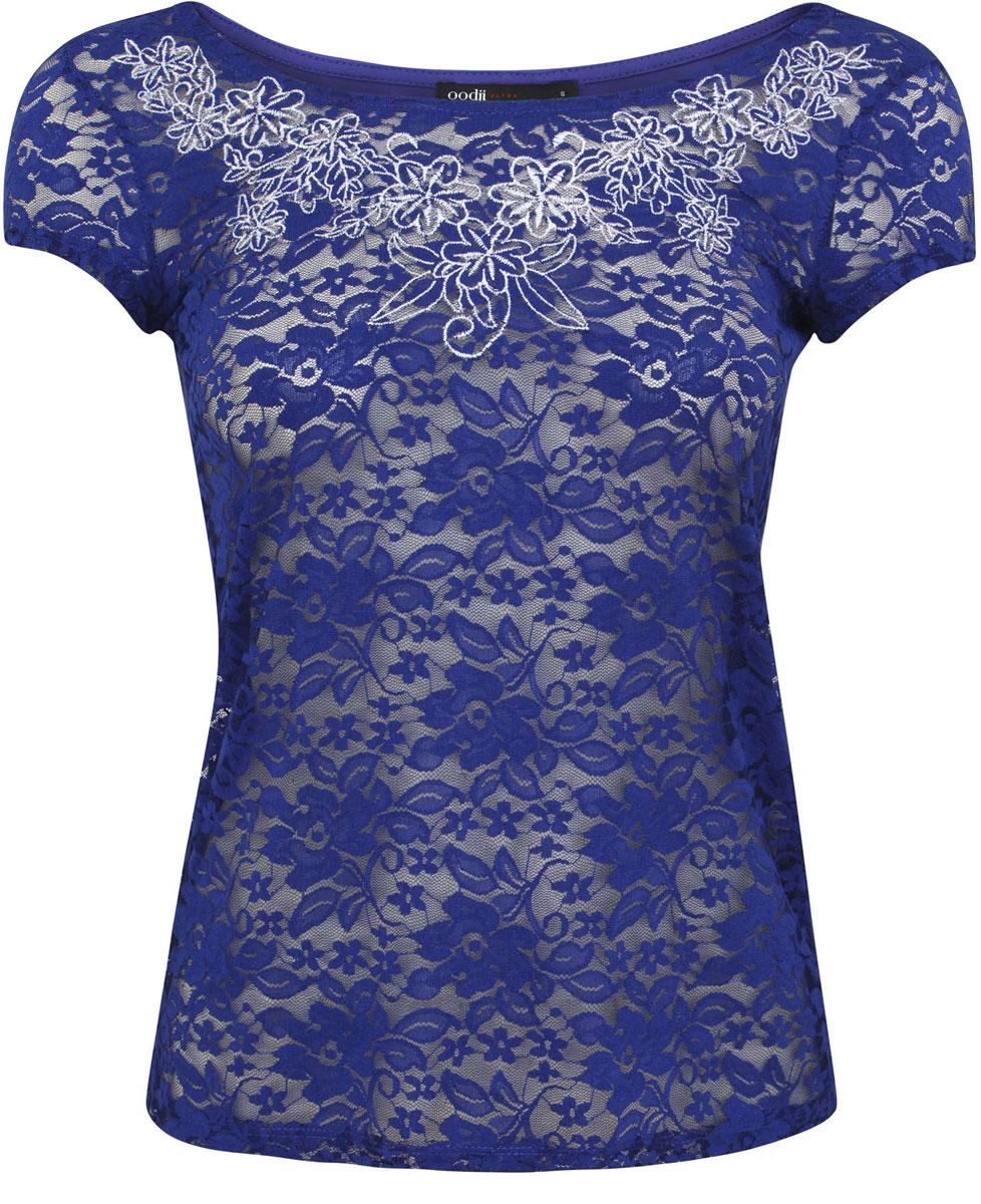 Блузка11301490-1/35553/7510PТрикотажная блузка oodji Ultra выполнена из полиэстера с добавлением полиуретана. Модель с круглым вырезом горловины и короткими рукавами. Лицевая сторона оформлена кружевным принтом и вышивкой.