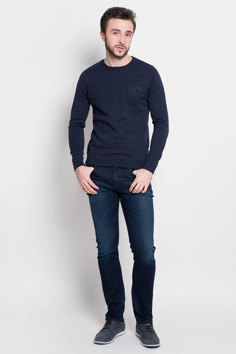 Джемпер3022102.62.10_6811Стильный мужской джемпер Tom Tailor Denim выполнен из натурального хлопка. Модель с круглым вырезом горловины и длинными рукавами. Манжеты рукавов, низ изделия и горловина связаны резинкой.