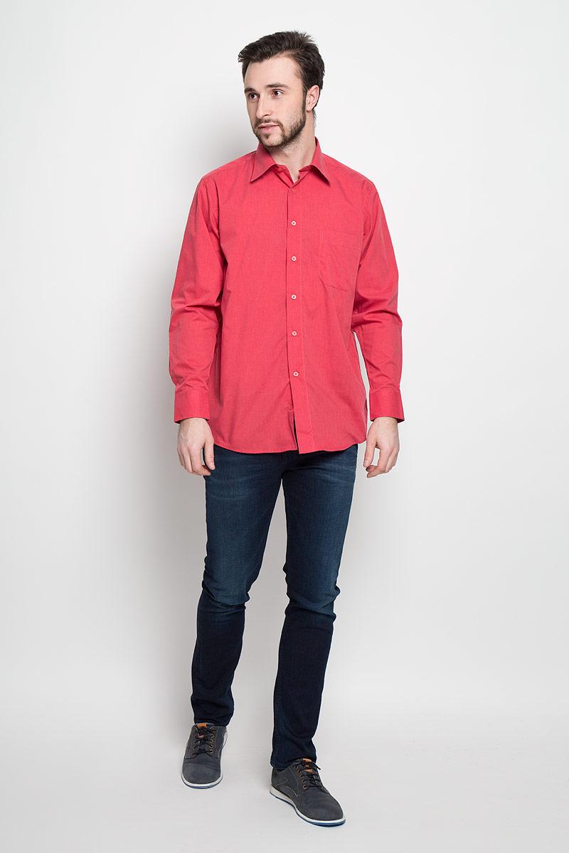 Рубашка5915-210Отличная мужская рубашка, выполненная из хлопка с добавлением полиэстера. Рубашка прямого кроя с длинными рукавами и отложным воротником застегивается на пуговицы. Модель дополнена одним нагрудным карманом.
