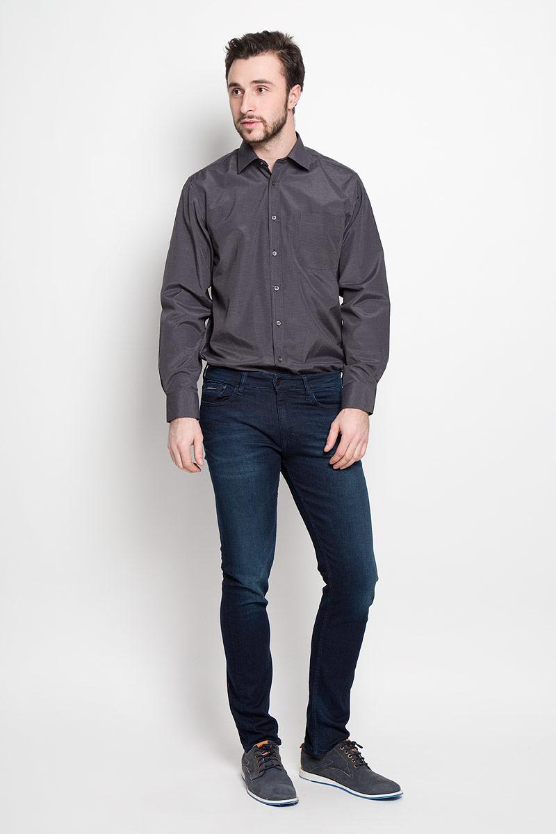 Shambala 2Отличная мужская рубашка, выполненная из хлопка с добавлением полиэстера. Рубашка прямого кроя с длинными рукавами и отложным воротником застегивается на пуговицы. Модель дополнена одним нагрудным карманом.