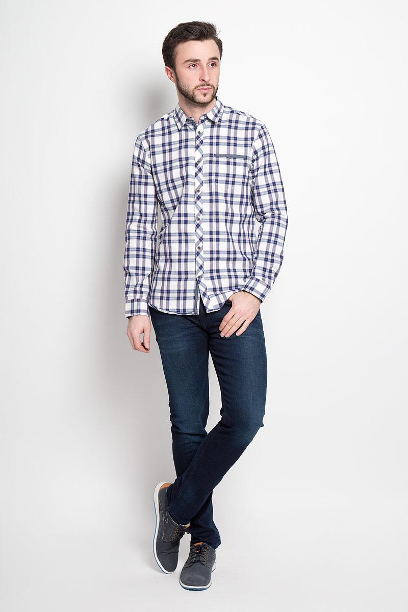 2032641.00.10_8005Стильная мужская рубашка Tom Tailor выполнена из натурального хлопка. Модель с отложным воротником и длинными рукавами застегивается на пуговицы спереди и дополнена нагрудным карманом.