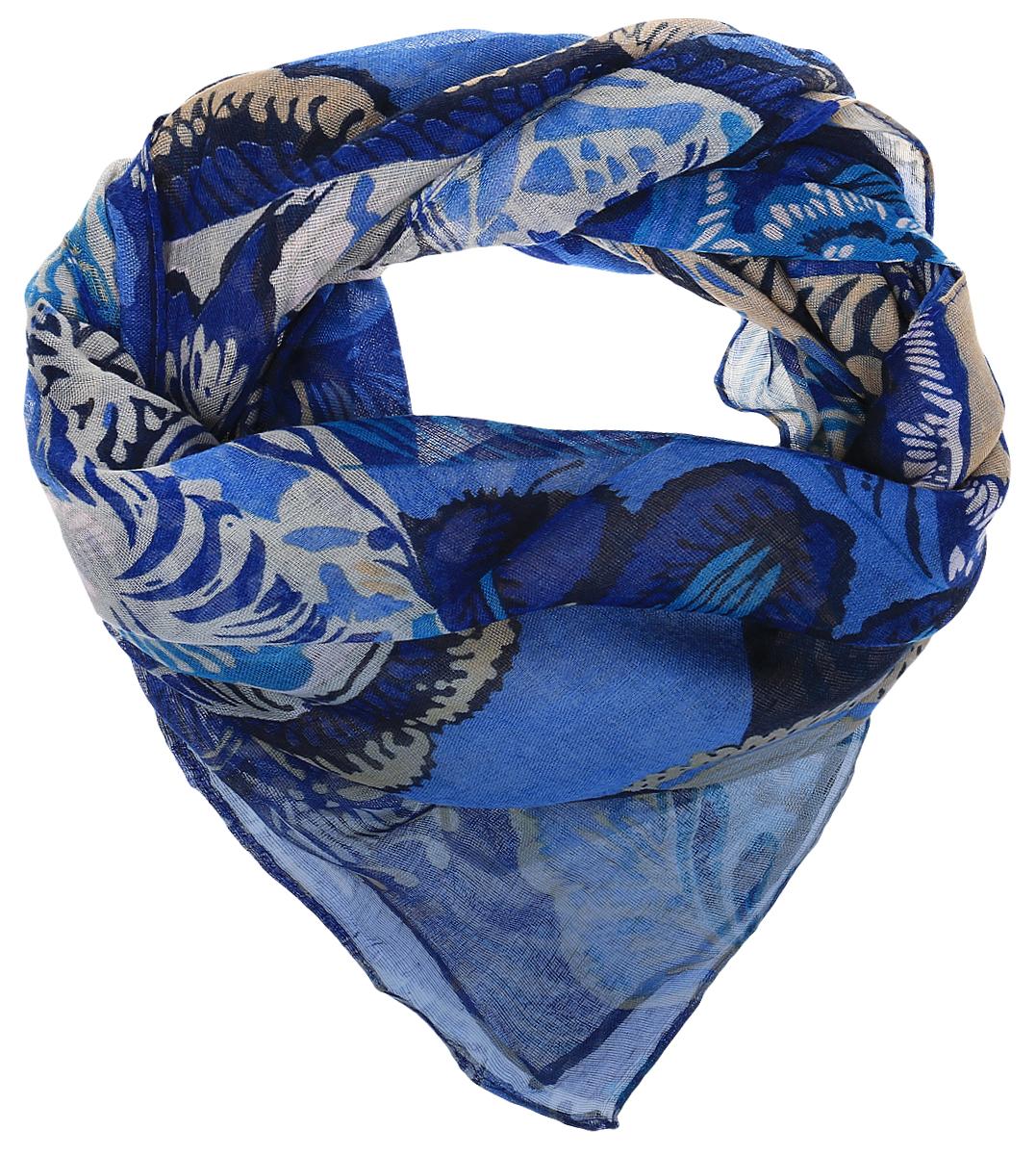 ПлатокRoFC428-1/11-4Стильный женский платок Vita Pelle изготовлен из высококачественного хлопка с добавлением полиэстера и модала. Платок оформлен крупным цветочным принтом. Край отделан швом американка.