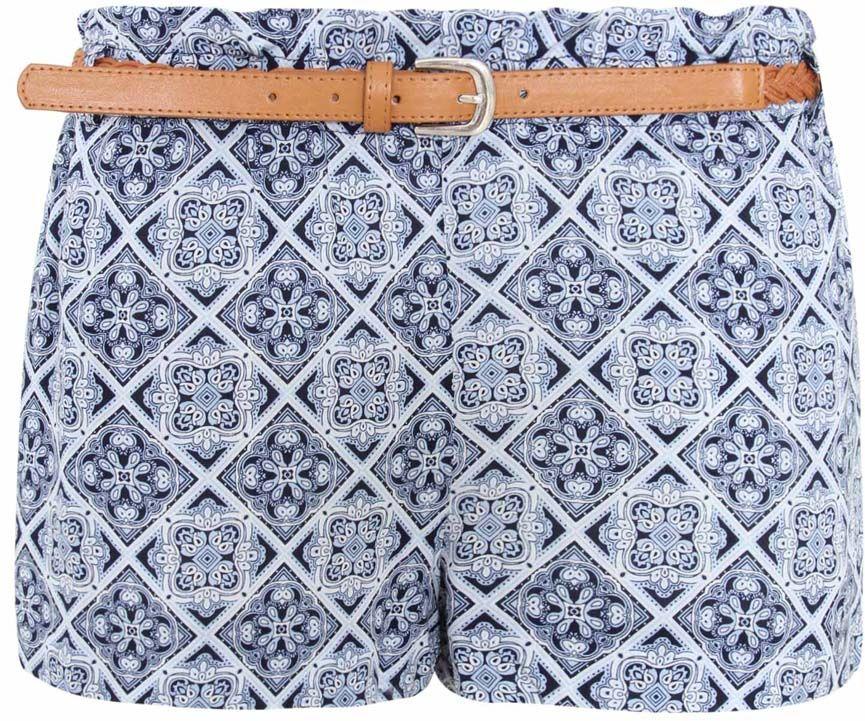 Шорты11800031/24681/7970EСтильные женские шорты oodji Ultra выполнены из 100% вискозы. Лицевая сторона дополнена двумя прорезными карманами, задняя сторона - имитацией карманов. Пояс оснащен эластичной резинкой и шлевками для ремня. Стильный плетеный ремешок поставляется в комплекте. Модель оформлена оригинальным принтом.