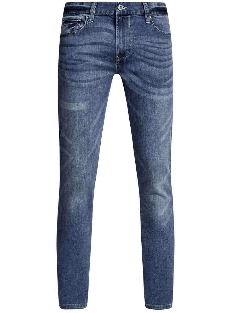 Джинсы6B120041M/45808/7500WМужские джинсы oodji Basic изготовлены из натурального хлопка с добавлением эластана. Джинсы-слим средней посадки застегиваются на пуговицу в поясе и ширинку на застежке-молнии. На поясе имеются шлевки для ремня. Спереди модель дополнена двумя втачными карманами и одним небольшим накладным кармашком, а сзади - двумя накладными карманами. Модель оформлена эффектом потертости.