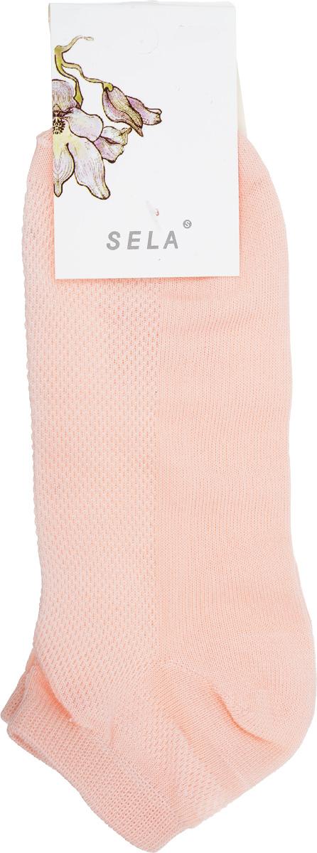 НоскиSOb-154/044-7101Удобные женские носки Sela, изготовленные из высококачественного материала. Благодаря содержанию мягкого хлопка в составе, кожа сможет дышать, а эластан позволяет носкам легко тянуться, что делает их комфортными в носке. Эластичная резинка плотно облегает ногу, не сдавливая ее, обеспечивая комфорт и удобство. Верхняя сторона носков оформлена небольшой перфорацией. Уважаемые клиенты! Размер, доступный для заказа, является длиной стопы.