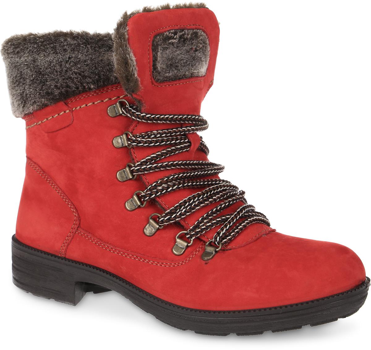 6685Модные ботинки Free Style от San Marko заинтересуют вашу девочку с первого взгляда! Модель выполнена из натурального нубука. Ботинки оформлены меховым кантом. Шнуровка надежно зафиксируем модель на ноге. Подкладка и стелька из шерстяного меха не дадут ногам замерзнуть. Подошва и невысокий каблук дополнены рифлением.