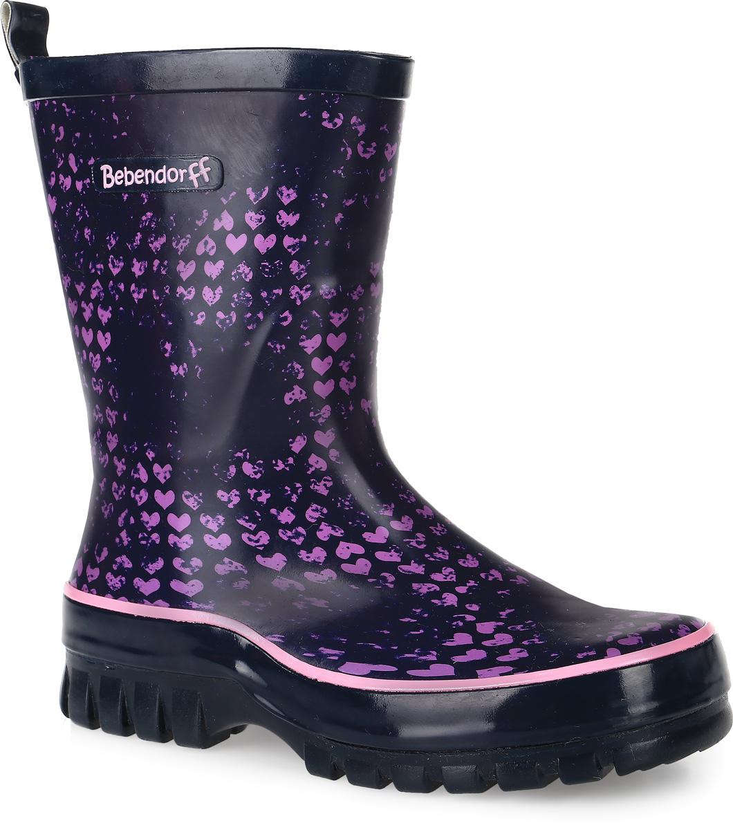 1115527Модные резиновые сапоги от Bebendorff - идеальная обувь в холодную дождливую погоду для вашей девочки. Сапоги выполнены из качественной резины и оформлены принтом с изображением сердечек. Внутренняя поверхность из хлопка. Съемная стелька из материала ЭВА с поверхностью из хлопка комфортна при движении. Подошва дополнена протектором.