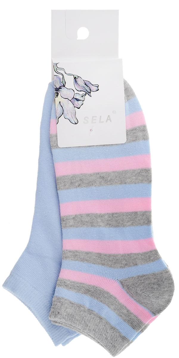 НоскиSOb-154/050-7101-2setУдобные женские носки Sela, изготовленные из высококачественного комбинированного материала, идеально подойдут вам. Благодаря содержанию мягкого хлопка в составе, кожа сможет дышать, а эластан позволяет носочкам легко тянуться, что делает их комфортными в носке. Эластичная резинка плотно облегает ногу, не сдавливая ее, обеспечивая комфорт и удобство. В комплект входят две пары носочков. Одна модель однотонная, а вторая оформлена принтом в полоску. Уважаемые клиенты! Размер, доступный для заказа, является длиной стопы.