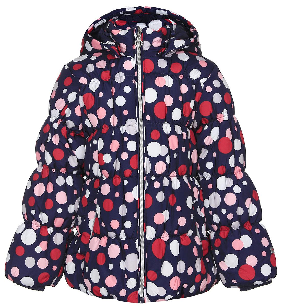 362001Теплая куртка для девочки PlayToday выполнена из качественного полиэстера с наполнителем из синтепона (260 г/м2). Застегивается модель на молнию с защитой подбородка и фигурным пуллером в виде сердечка. На рукавах вшиты трикотажные манжеты. Капюшон прикрепляется к куртке при помощи кнопок и утягивается стопперами. Спереди куртка дополнена двумя втачными карманами с защитными клапанами на липучках. Украшено изделие ярким принтом в горошек.
