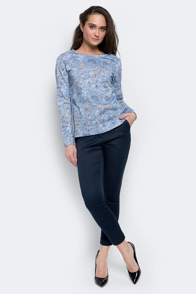 ДжемперSt-113/023-7110Стильный женский джемпер выполнен из качественного комбинированного материала. Модель с круглым вырезом горловины и длинными рукавами.