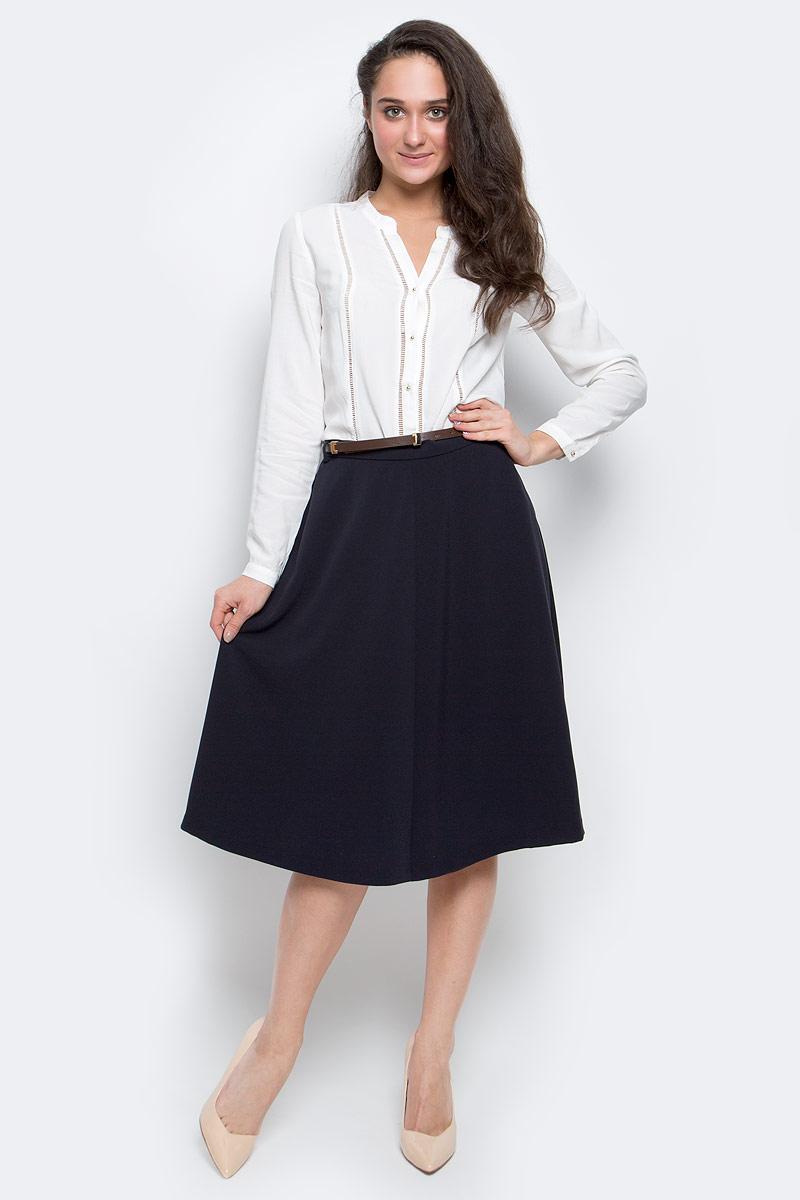SK-118/059-7110Стильная женская юбка выполнены из 100% вискозы, на талии сзади дополнена широкой эластичной резинкой. Модель А-силуэта застегивается на боковую потайную застежку-молнию и дополнена двумя втачными карманами.