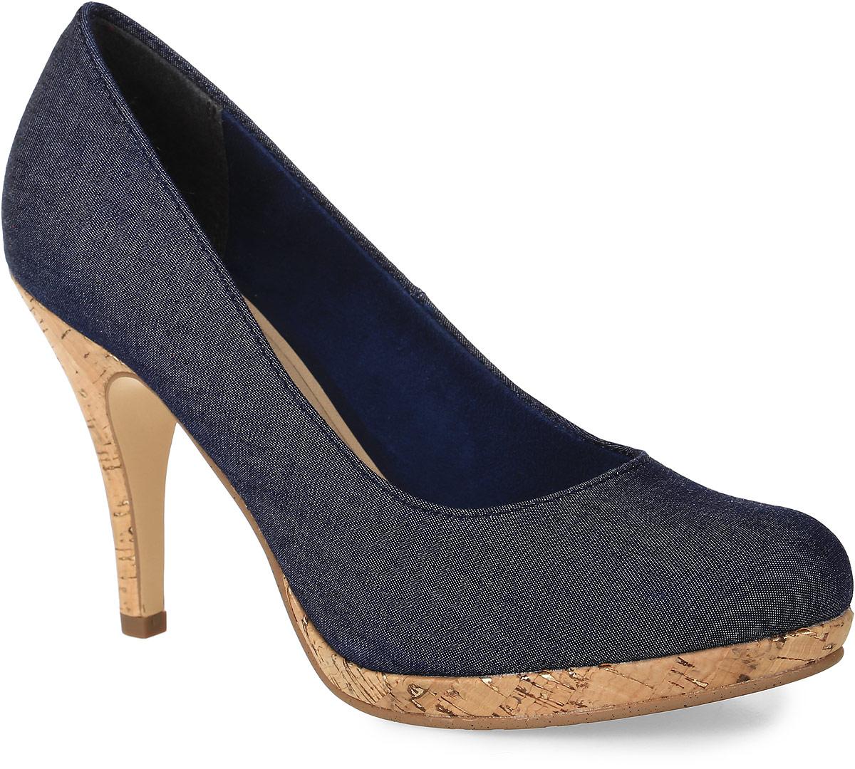 1-1-22407-28-807Стильные женские туфли от Tamaris заинтересуют вас своим дизайном! Модель выполнена из текстиля. Подкладка из текстиля и мягкая стелька из искусственной кожи обеспечивают комфорт при движении. Высокий каблук, стилизованный под дерево, компенсирован небольшой платформой. Подошва и каблук дополнены рифлением.