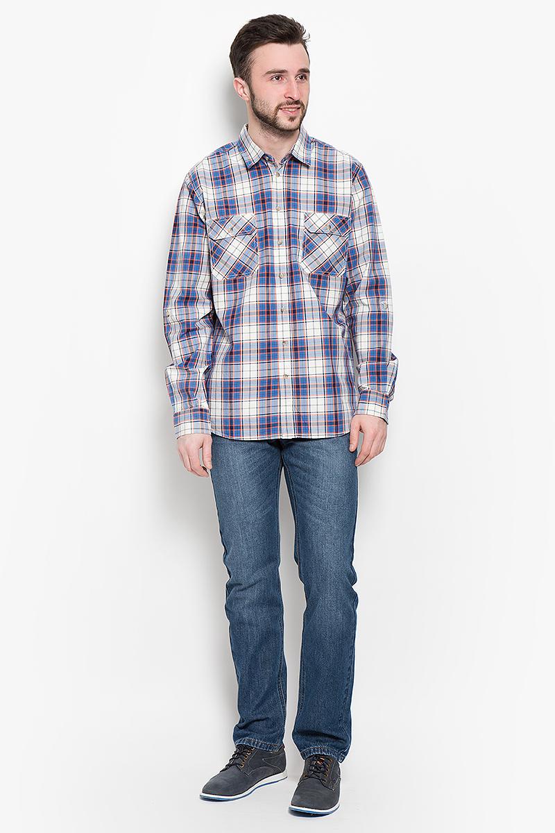 РубашкаH-212/760-7120Мужская рубашка Sela Casual Wear выполнена из натурального хлопка. Рубашка с длинными рукавами и отложным воротником застегивается на пуговицы спереди. Манжеты рукавов также застегиваются на пуговицы. Рубашка оформлена принтом в клетку. На груди расположены два накладных карман с клапанами на пуговицах.