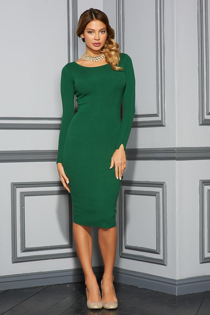 ПлатьеVV16-575Платье Vittoria Vicci выполнено из хлопка с добавлением вискозы, полиамида и эластана. Вязаная модель средней длины с длинными рукавами имеет круглый вырез горловины. Платье застегивается на металлическую застежку-молнию на спинке.