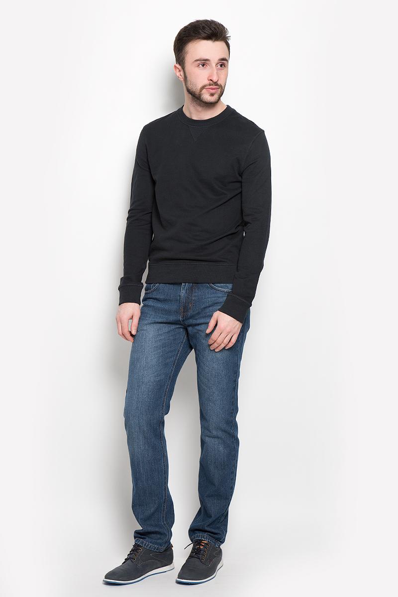 Свитшот16053566_BlackСтильный мужской свитшот Selected Homme Indigo, изготовленный из натурального хлопка, мягкий и приятный на ощупь, не сковывает движений и обеспечивает наибольший комфорт. Модель с круглым вырезом горловины и длинными рукавами выполнена в лаконичном стиле. Манжеты рукавов, горловина и низ изделия дополнены трикотажными резинками.