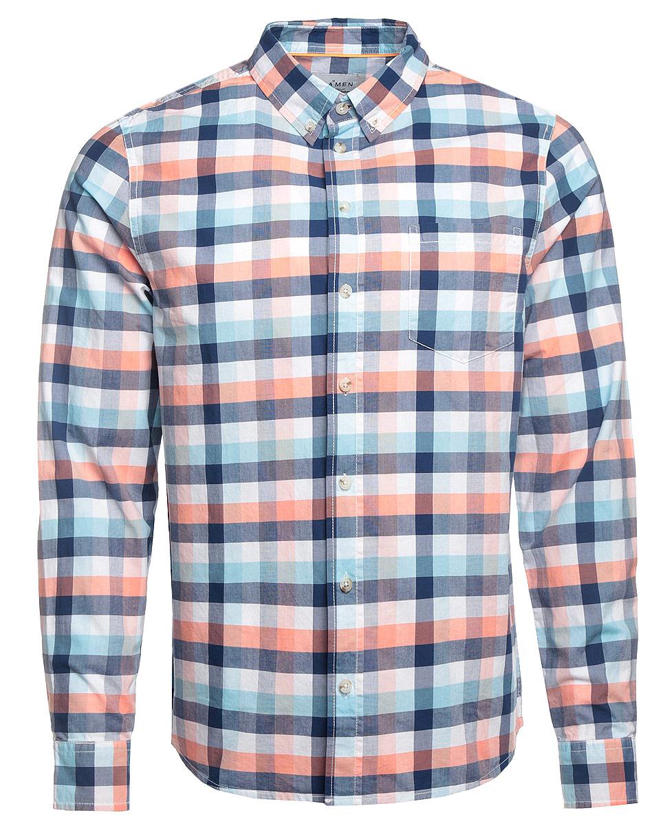 РубашкаH-412/005-7161Стильная мужская рубашка Sela Casual Wear, выполненная из натурального хлопка, подчеркнет ваш уникальный стиль и поможет создать оригинальный образ. Рубашка с длинными рукавами и отложным воротником застегивается на пуговицы спереди. Манжеты рукавов также застегиваются на пуговицы. Модель дополнена одним нагрудным карманом. Рубашка оформлена контрастным принтом в клетку.