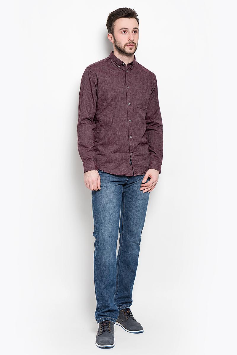 Рубашка16053320_Port RoyaleМужская рубашка Selected Homme выполнена из натурального хлопка. Рубашка с длинными рукавами и отложным воротником застегивается на пуговицы спереди. Манжеты рукавов также застегиваются на пуговицы. Рубашка оформлена в лаконичном дизайне и дополнена нагрудным накладным карманом.