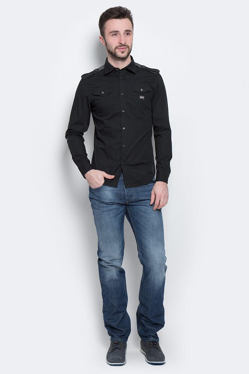 Рубашка00SGAG-00MVS_900Стильная мужская рубашка Diesel с длинными рукавами, отложным воротником и застежкой на пуговицы приятная на ощупь, не сковывает движения, обеспечивая наибольший комфорт. Рубашка, выполненная из хлопка с добавлением эластана, обладает высокой воздухопроницаемостью и гигроскопичностью, позволяет коже дышать, тем самым обеспечивая наибольший комфорт при носке даже самым жарким летом. Эта модная и удобная рубашка послужит замечательным дополнением к вашему гардеробу.