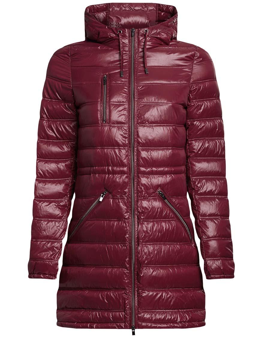 Куртка10203056/33445/2900NКуртка женская oodji Ultra исполнена из высококачественного полиамида - износостойкого материала отталкивающего воду и пропускающего воздух. Подкладка так же исполнена из полиамида, а утеплитель исполнен из полиэстера. Изделие имеет длинные рукава, капюшон с шнурками-завязками (шнурки-завязки так же идут и по нижнему краю куртки), три внешних кармана, один из которых справа на груди. Так же имеются внутренние шнурки со стоперами, которые регулируют обхват талии. Куртка удлинена к низу сзади.