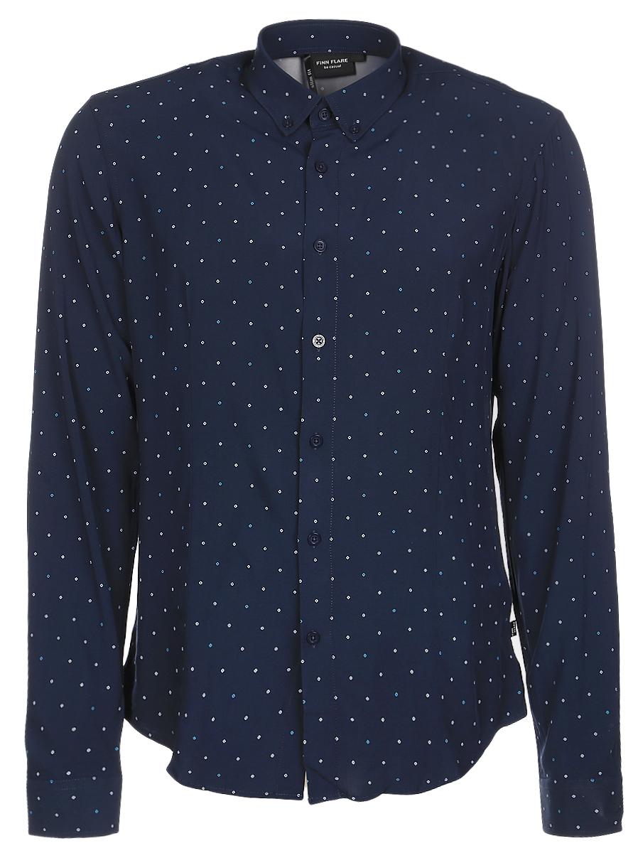 РубашкаB17-21030_101Мужская рубашка Finn Flare выполнена из натуральной вискозы. Рубашка с длинными рукавами и отложным воротником застегивается на пуговицы спереди. Манжеты рукавов также застегиваются на пуговицы. Рубашка оформлена принтом в виде мелких ромбов.