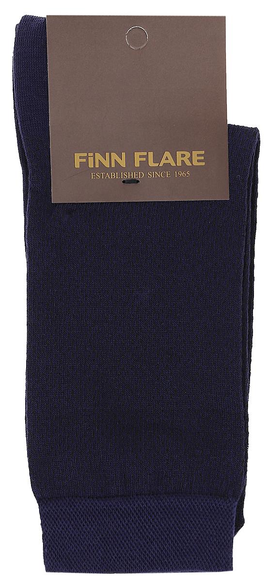 B17-21113_211Мужские носки Finn Flare изготовлены из высококачественного эластичного хлопка с добавлением полиамида. Удлиненные носки имеют эластичную резинку, которая надежно фиксирует изделие на ноге.