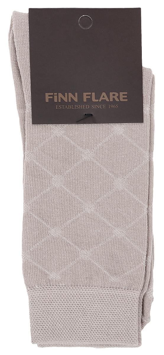 B17-21116_101Мужские носки Finn Flare изготовлены из высококачественного эластичного хлопка с добавлением полиамида. Удлиненные носки имеют эластичную резинку, которая надежно фиксирует изделие на ноге.