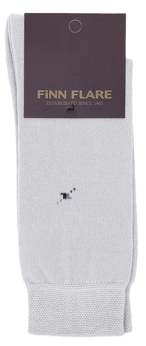 НоскиB17-21119_101Мужские носки Finn Flare изготовлены из высококачественного эластичного хлопка с добавлением полиамида. Удлиненные носки имеют эластичную резинку, которая надежно фиксирует изделие на ноге.