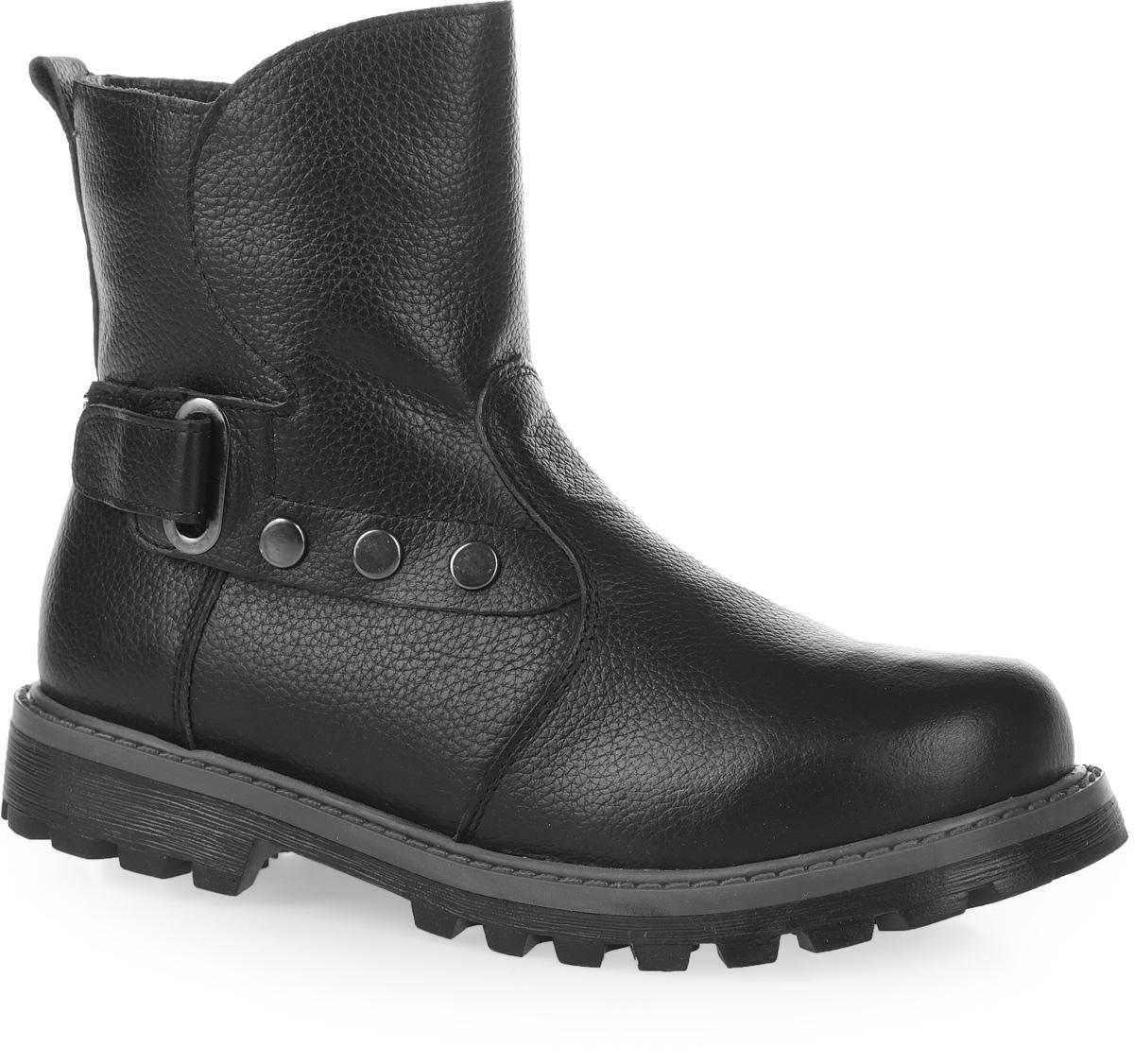 11203-1Полусапоги от Зебра выполнены из натуральной кожи и декорированы клепками. Застежка-молния надежно фиксирует изделие на ноге. Мягкая подкладка и стелька из натурального меха обеспечивают тепло, циркуляцию воздуха и сохраняют комфортный микроклимат в обуви.